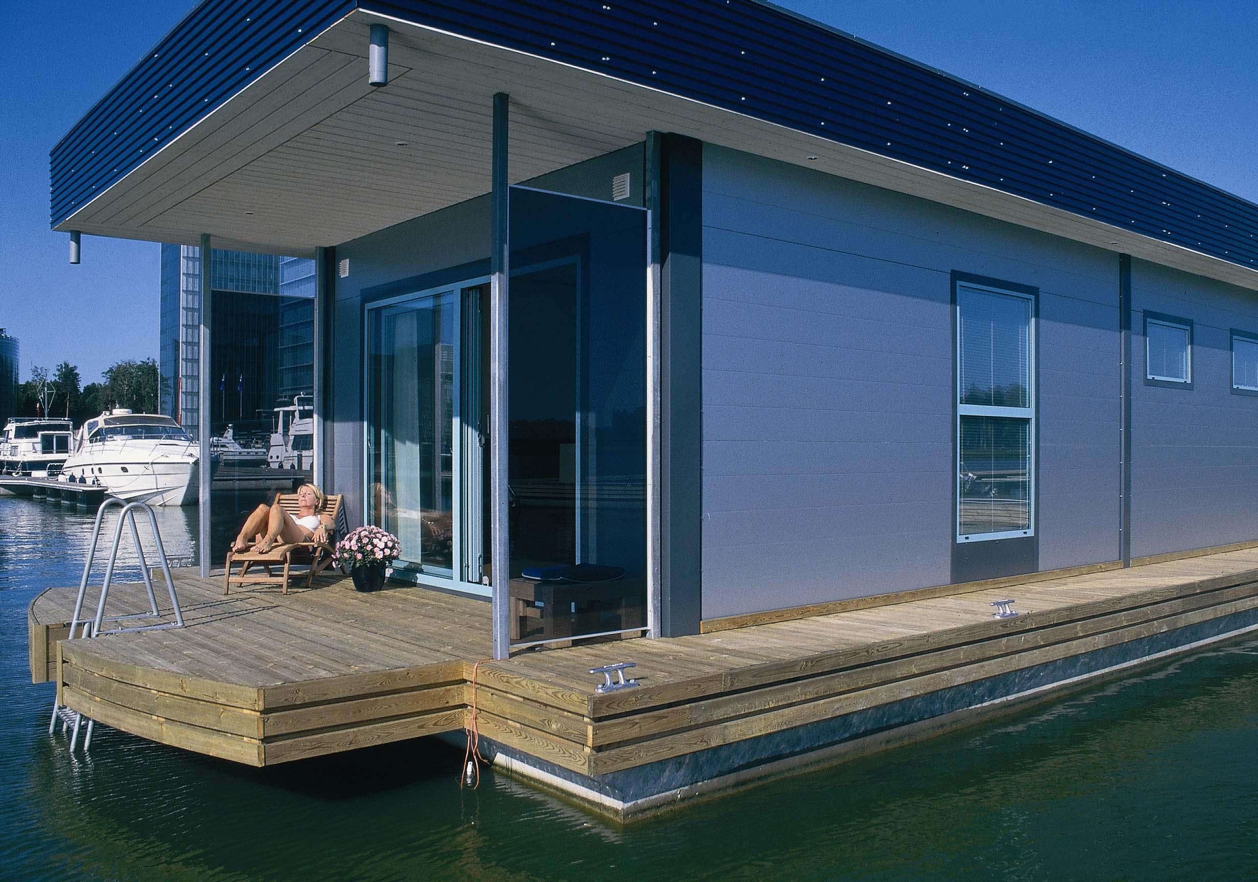 Дом на воде своими руками фото