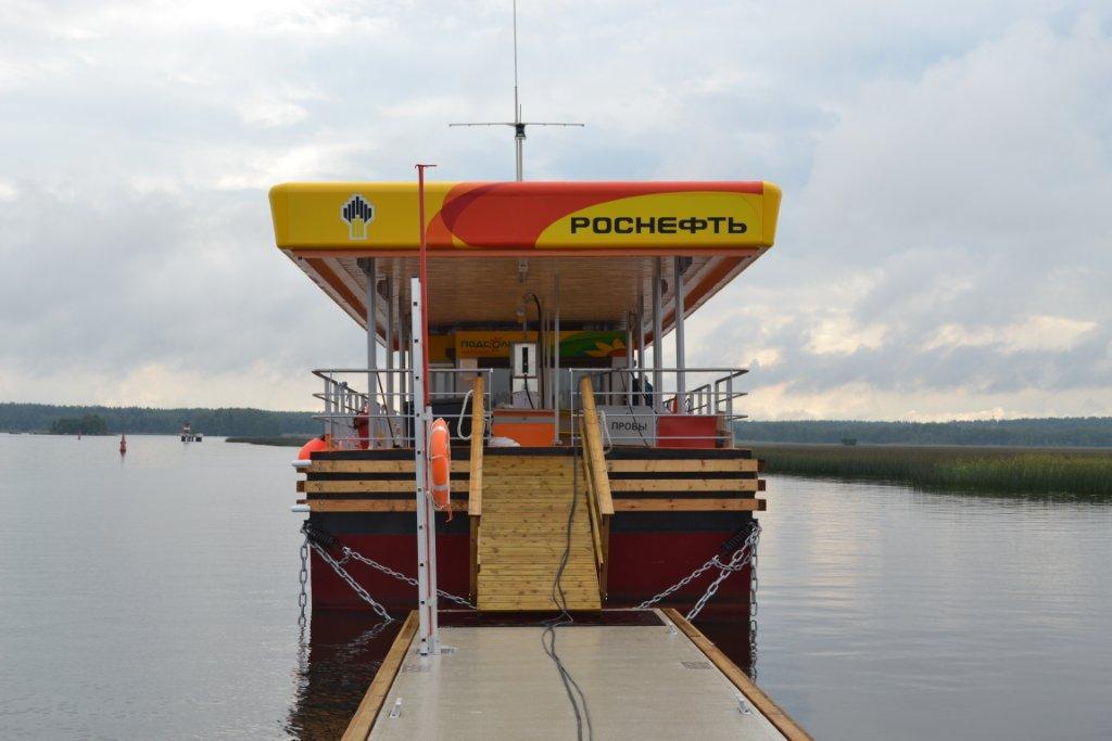 Плавучие заправки на воде для яхт, катеров и лодок