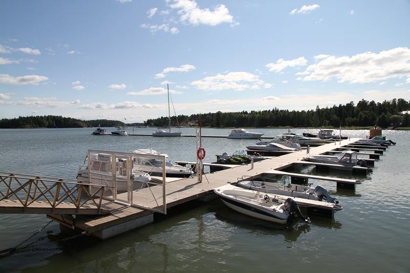 Пирс для катеров и лодок